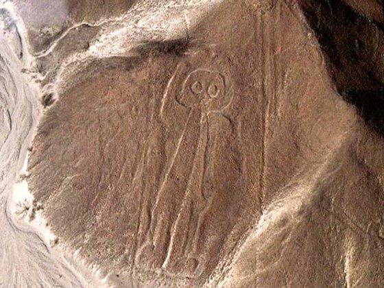 Envolez-vous vers la ville de Nazca et ses mystères !